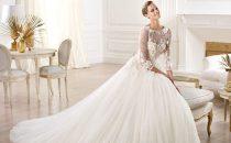 6 صيحات عصرية لفستان أحلامك الأبيض