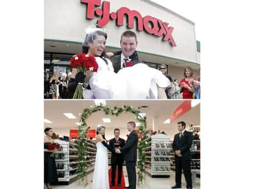 حفل زفاف في المحلات التجارية