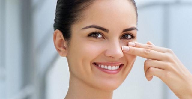 علاج مشكلة الهالات السوداء تحت العين