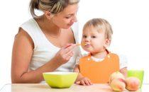 كيف يتغذى الطفل من عمر 4 أشهر؟