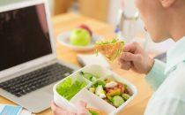 كيف تخسرين وزنك خلال فترة العمل