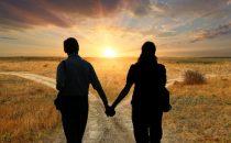 أسباب تؤدي لفقدان الحميمية بين الأزواج