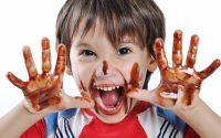 طفلي مدمن للحلويات ماذا أفعل؟