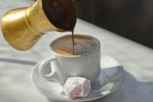 القهوة على الطريقة الإماراتية