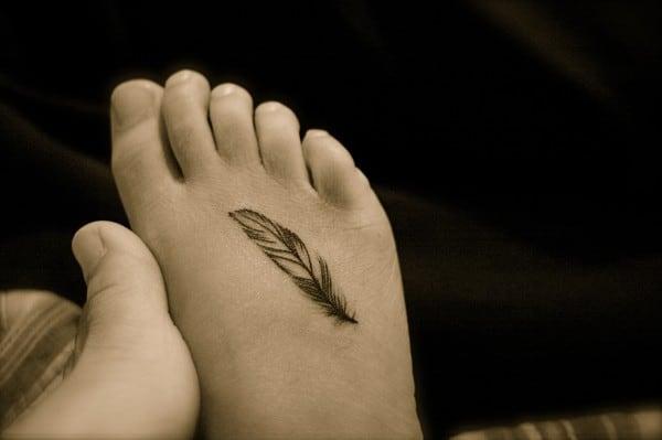 العناية برائحة الأرجل
