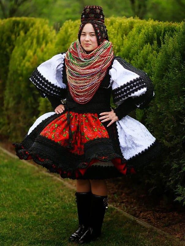 لباس العروس في رومانيا