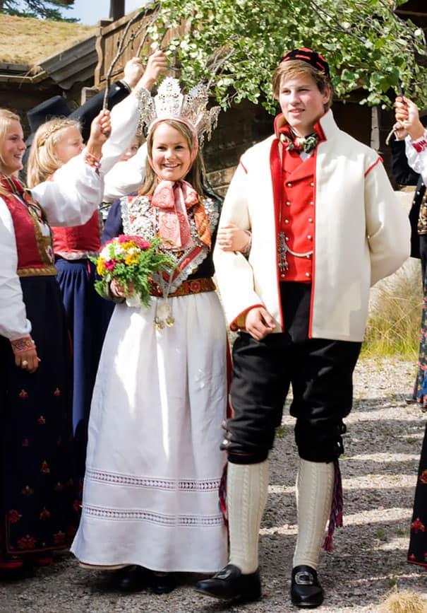 لباس العروس في النرويج