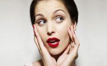 4 عادات قد تسبب التجاعيد
