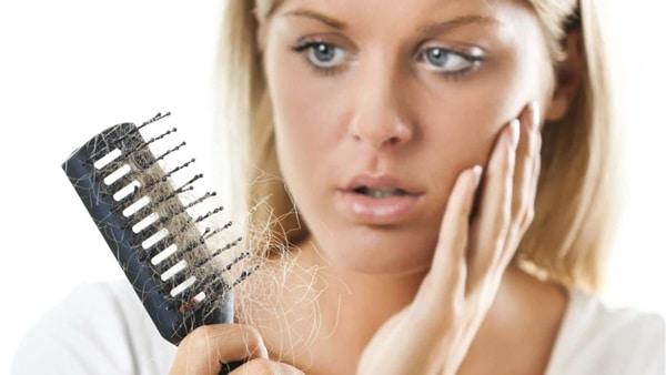 وصفة الخميرة لمعالجة تساقط الشعر
