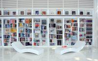 بالصور: أفكار عصرية لتصميم المكتبات المنزلية