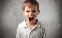 كيف تتعاملين مع نوبات غضب طفلك؟