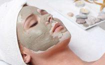قناع الطين المغربي لجعل وجهك ورديا