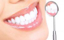 جربي هذه الوصفة الطبيعية لتبييض الأسنان