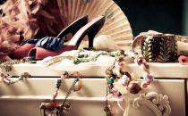 إطلالة فريدة مع مجموعة مجوهرات Iris Apfel الجديدة