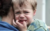 هل تعرفين حقا قواعد حماية ابنك من الغرباء؟