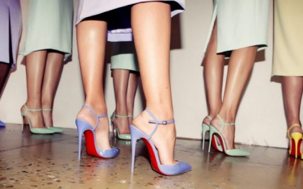"""أظهري جمالك مع تصاميم أحذية جديدة من """"كريستيان لوبوتان"""""""