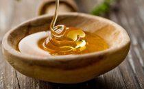 5 ماسكات بالعسل لتعتني بجمال بشرتك