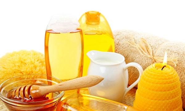 قناع العسل للتخلص من  حب الشباب