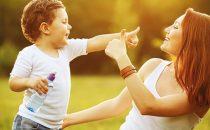 كيف تتعاملين مع تأخر النطق عند طفلك
