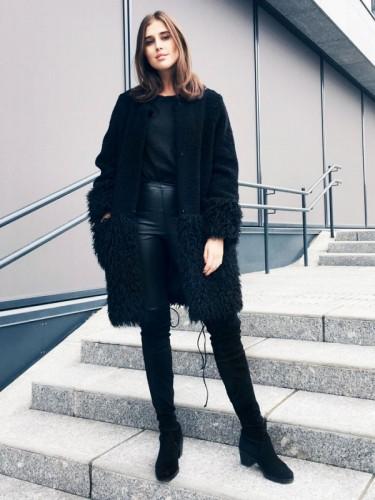 أزياء شتوية باللون الأسود