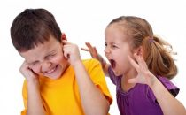 تعرفي على طرق التعامل مع نوبات غضب الأطفال