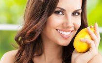 تعرفي على فوائد الليمون للشعر