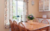 نصائح لاختيار الستائر الأنسب للمطبخ