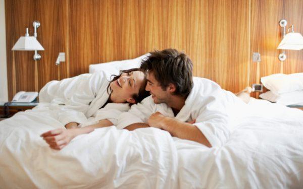 6 أفكار لقضاء ليلة رومانسية مع الشريك