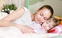 كيف تتعاملين مع كوابيس طفلك؟