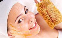 جربي وصفة شمع العسل لبشرة خالية من التجاعيد