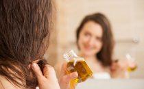 تشكيلة من الزيوت الطبيعية لعلاج تساقط الشعر