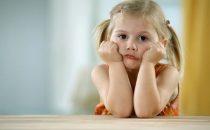 كيفية التعامل مع الطفل الأناني وتقويم سلوكه
