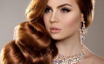 وصفات بسيطة لتنعيم الشعر قبل الزفاف