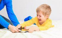 نصائح للتعامل مع الطفل العنيد