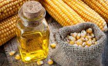تعرفي على فوائد زيت الذرة للشعر
