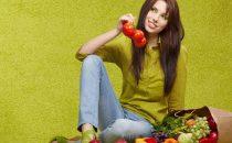 تناولي الأطعمة النيئة للتخلص من الوزن الزائد