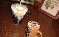 كيف تجهزي قهوة باردة لصديقاتك؟
