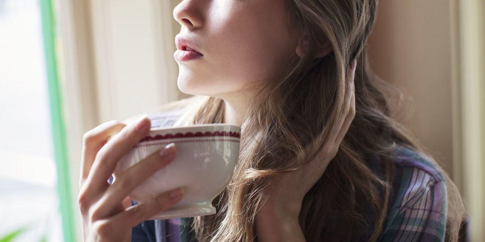 8 أطعمة تخفف من التهاب الحلق