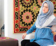 3 نصائح لحمايتك من آلام الظهر أثناء الحمل