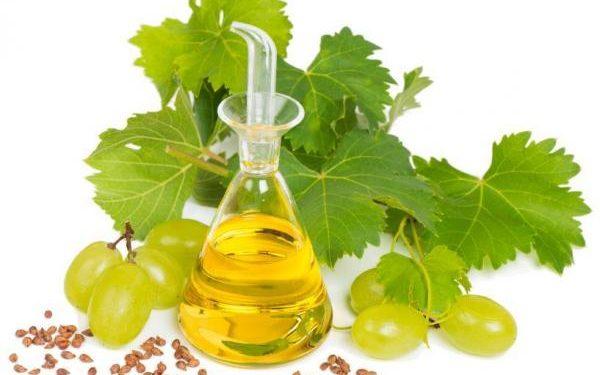 وصفة العنب للعناية بالبشرة المرهقة
