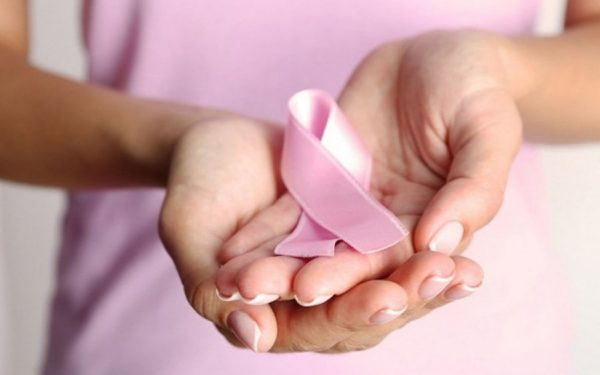 ماهي طرق الوقاية من الإصابة بسرطان الثدي عند المرأة