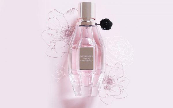 اكتشفي عطر Flowerbomb Bloom من Viktor&Rolf