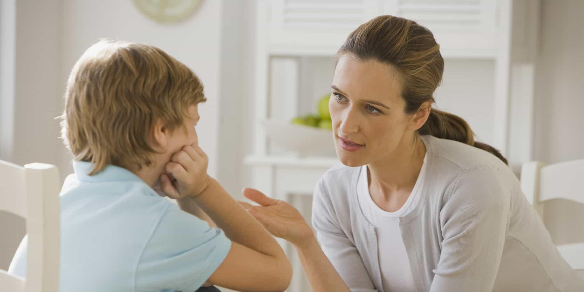 كيفية التعامل مع الطفل الكاذب