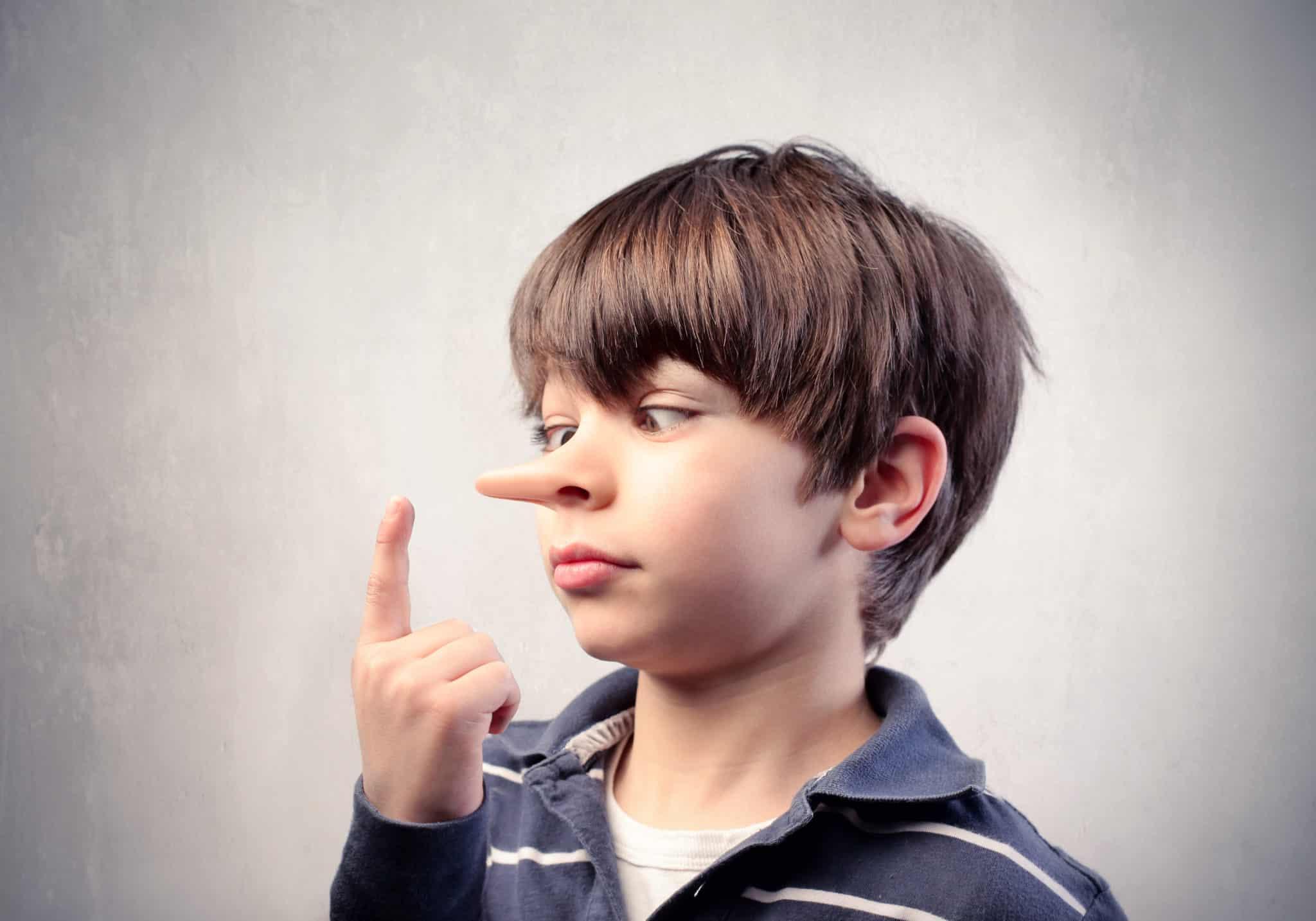 نصائح للتعامل مع الطفل الكاذب