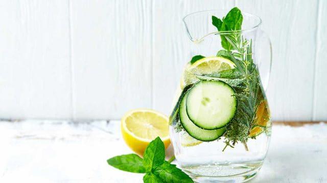 مشروب الديتوكس للتخسيس وللقضاء على السموم في الجسم