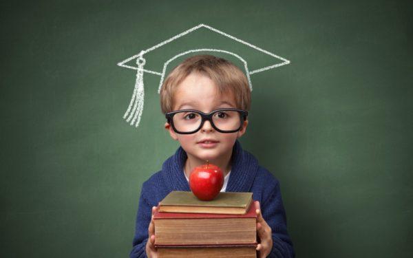 أطعمة تزيد من ذكاء وتركيز الطفل