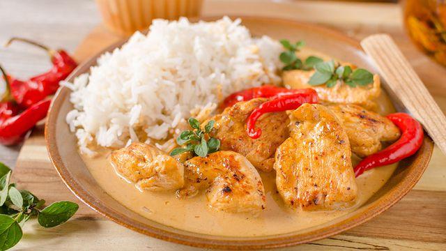كيف تجهزين الدجاج التايلندي؟