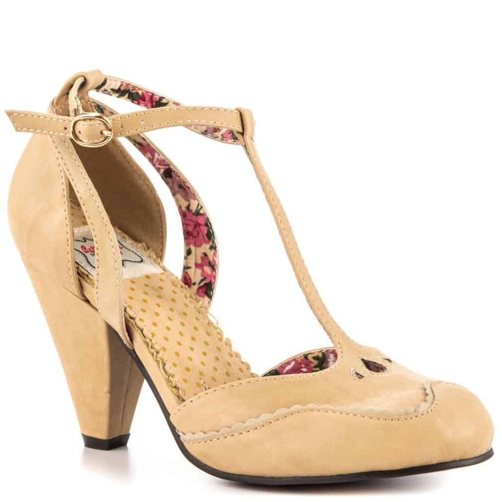 أحدث تصاميم الأحذية بلون الجلد لربيع