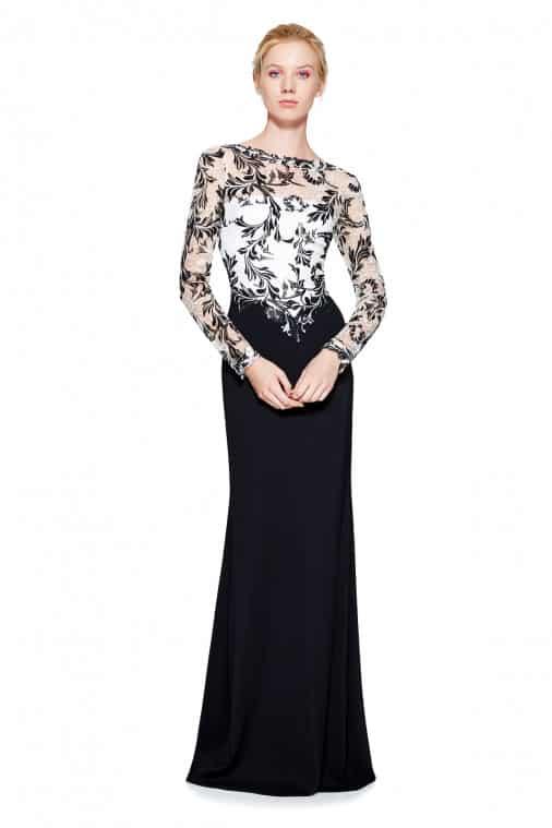 فستان من تصميم تداشي شوجي