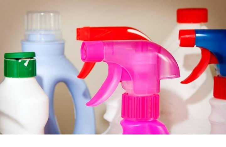 خطر مواد التنظيف على الحامل